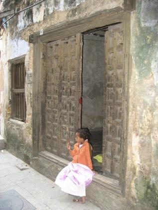 Porta e Crianca