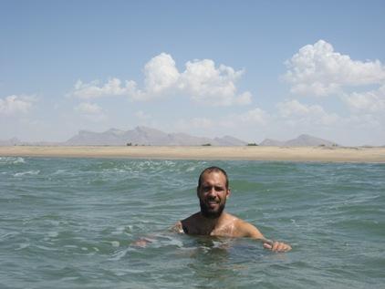 Mar Vermelho com uma praia para mim