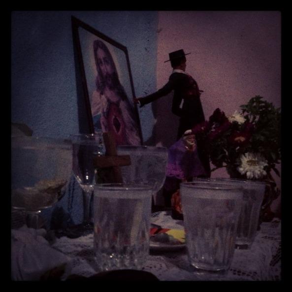 Os copos de água são espíritos.