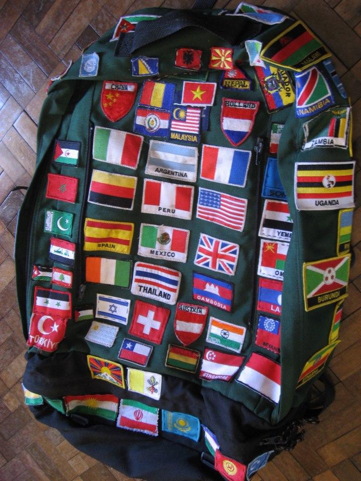 Bandeiras da Somalilandia, Karakolpak, Palestina, Saara Ocidental, Tibet, Xinjiang, Curdistão, Inglaterra fazem parte da minha mochila. São ou não países?