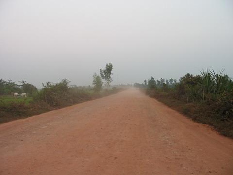 Estrada da fronteira até Siam Reap