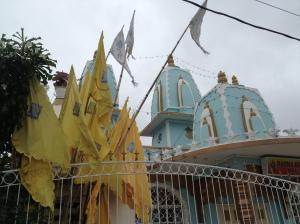 Templos Hindus por todos os lados