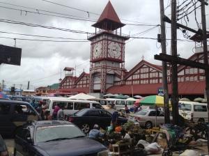 Stabroek Market com a Torre do relógio
