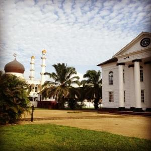 Sinagoga e Mesquita