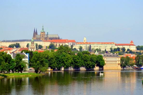 O castelo visível de toda a cidade