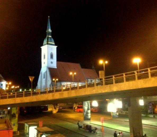 Igrejas e viadulos