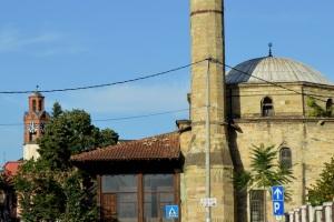 Mesquitas e igrejas
