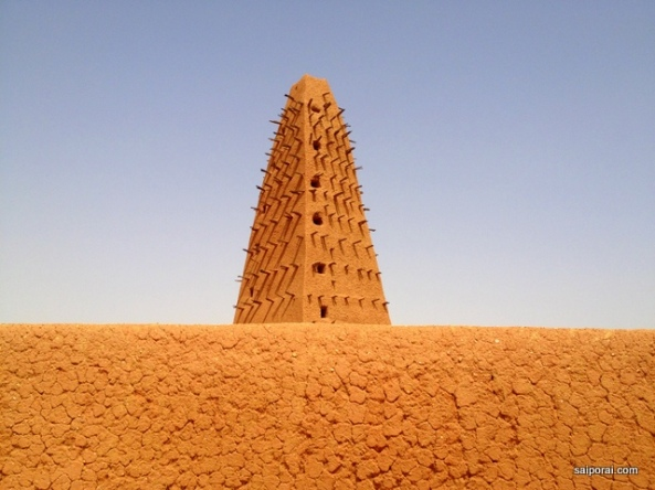 Mesquita toda de barro